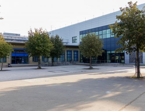 Mensa und Rechenzentrum auf dem Uni-Campus