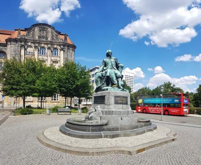 Denkmal am Rathaus Magdeburg