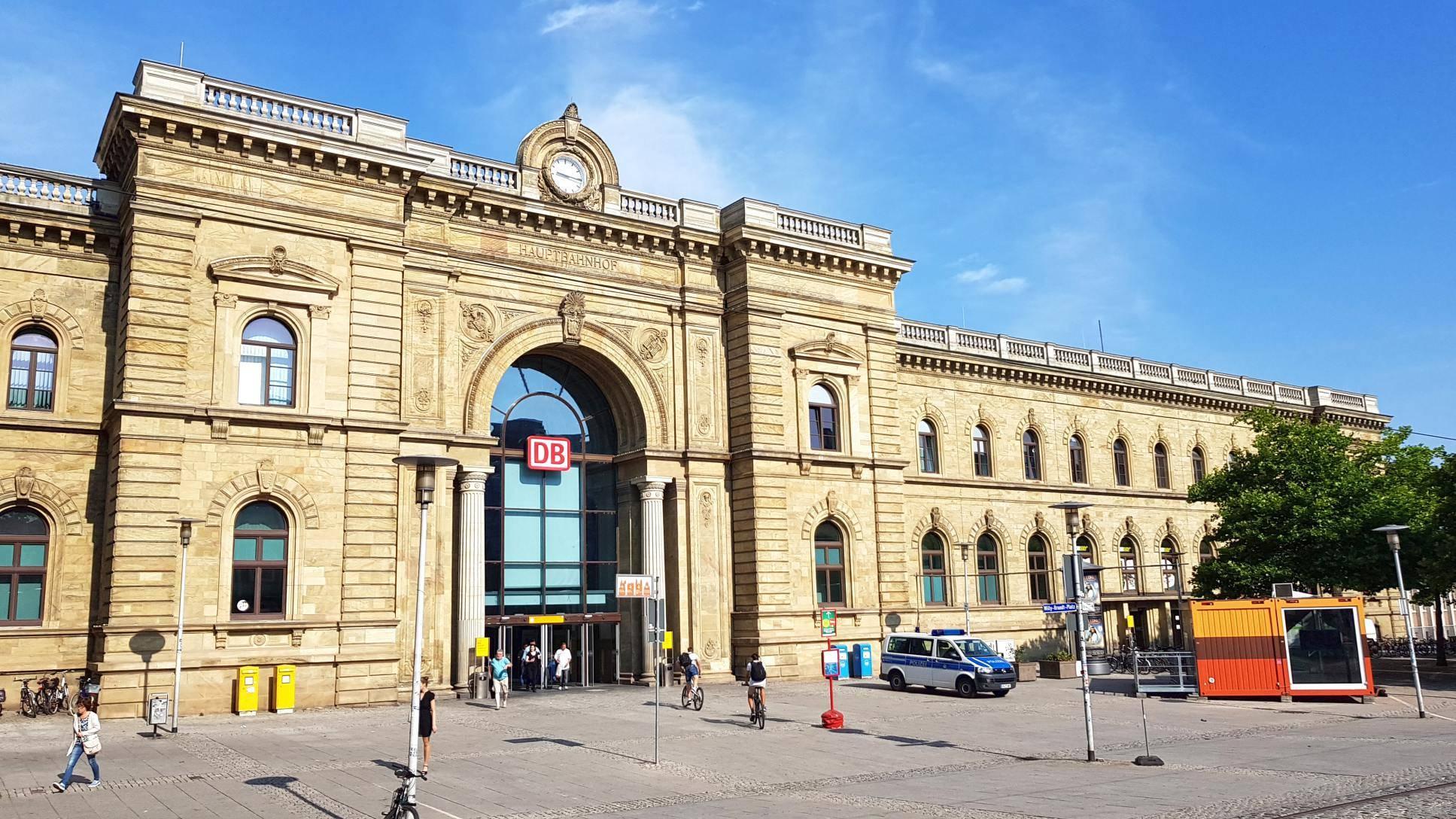 Bahnhof Haupteingang Ostseite