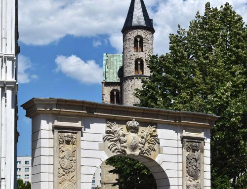 Sterntor am Domplatz von Magdeburg
